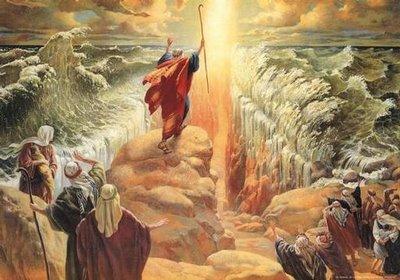 Moisés separanado las aguas.