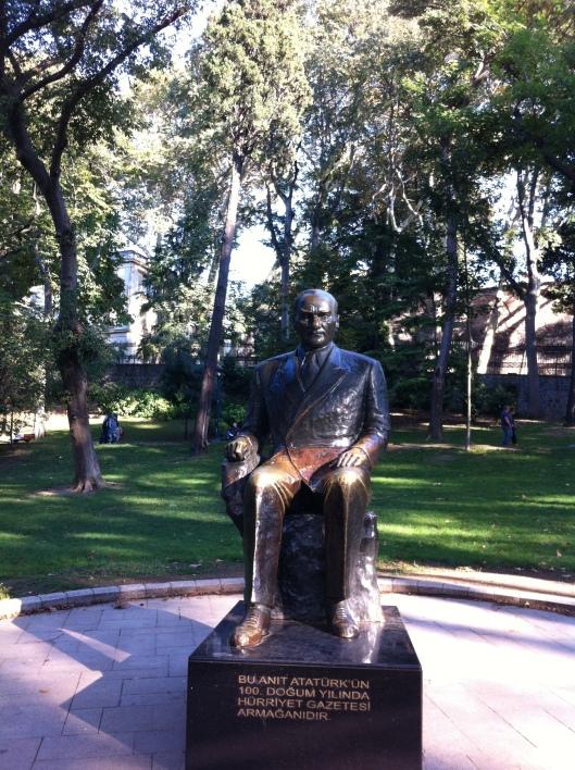 Estatua de Atatürk.