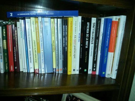 Libros de comunicación y política