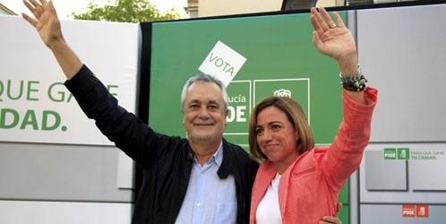 El presidente de la Junta de Andalucía y la diputada Carme Chacón.
