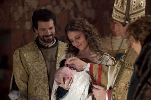 Heredera al trono de los Reyes Católicos en la serie.