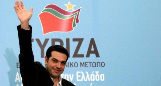 El primer ministro griego saludando