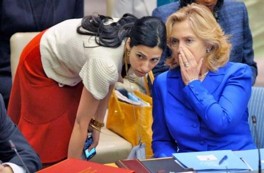 Hillary Clinton y Huma Abedin